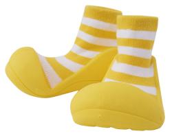 baby feet yellow